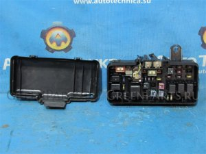 Блок предохранителей на Honda HR-V GH1 D16A 38250-S2H-J01