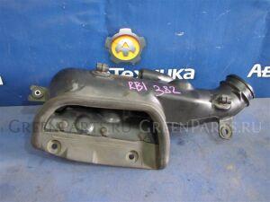 Воздухозаборник на Honda Odyssey RB1 K24A 17253-RFE-000