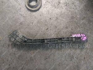 Крепление бампера на Toyota Prius ZVW30 2ZR