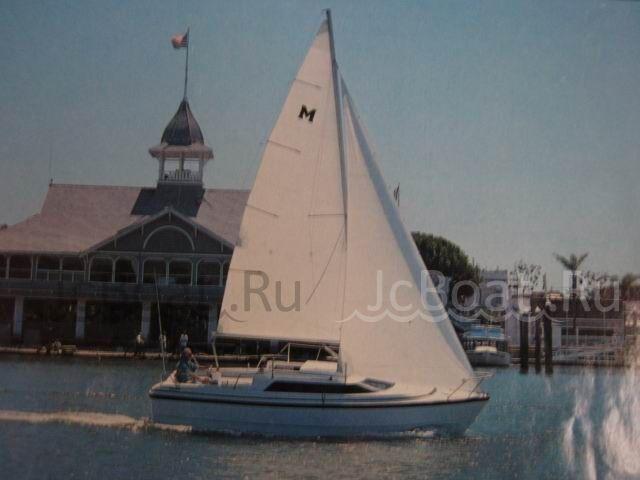 яхта моторная MERCURY MAGREGOR 1998 г.