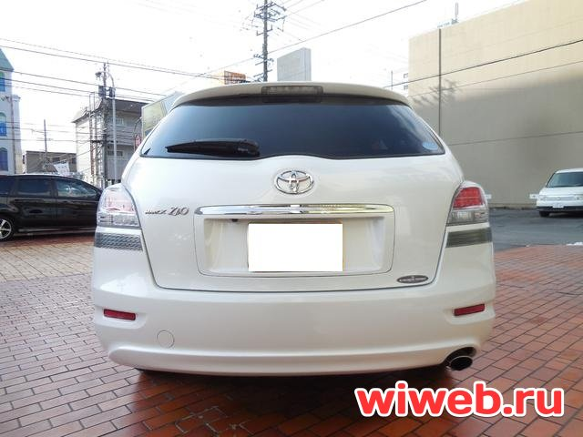Toyota Mark X Zio 2012
