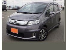 HONDA FREED SPIKE 2015