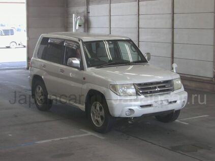 Mitsubishi Pajero IO 2001 года во Владивостоке