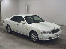 NISSAN LAUREL 2001