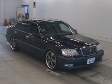 TOYOTA CROWN MAJESTA 2002