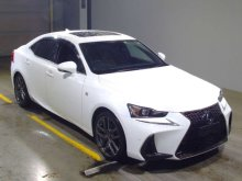 LEXUS IS300H 2018