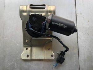 Моторчик стеклоочистителя на Mitsubishi FUSO FK61.FK71