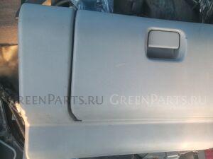 Бардачок на Mazda Mpv LVLR