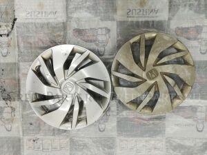 Колпак на диск на Honda Fit GK3
