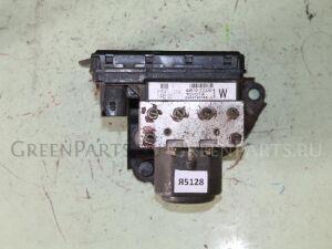 Блок abs на Toyota Corolla Fielder NZE121 1NZ-FE 44510-12330