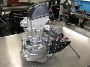 Двигатель crf250 md38e