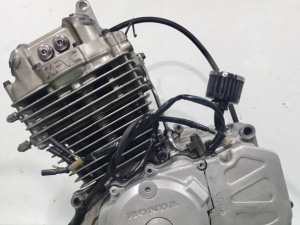 Двигатель xr250 md17e