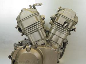 Двигатель xrv750 africa twin rd04e
