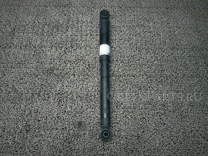 Амортизатор на Suzuki Wagon R MH34S R06A