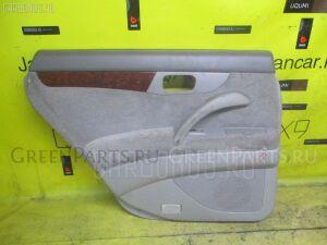 Обшивка двери на Nissan Gloria HY34