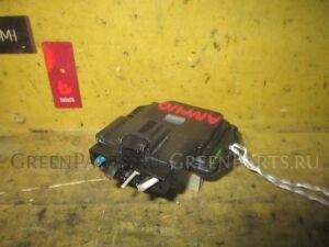 Регулятор скорости мотора отопителя на Toyota Premio AZT240, NZT240, ZZT240, ZZT245
