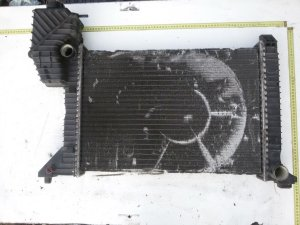 Радиатор на Mercedes-benz Sprinter