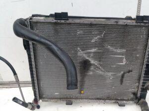 Радиатор на Mercedes-benz C-CLASS