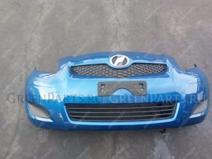 Бампер на Toyota Vitz SCP90 2SZ 8T0