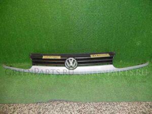 Решетка радиатора на Volkswagen Golf WVWZZZ1HZTW183070 ADY