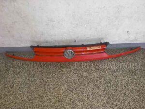Решетка радиатора на Volkswagen Golf WVWZZZ1EZ-RK011398 2E