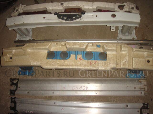 Усилитель бампера на Toyota Camry